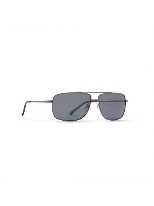 INVU napszemüveg B1616 D